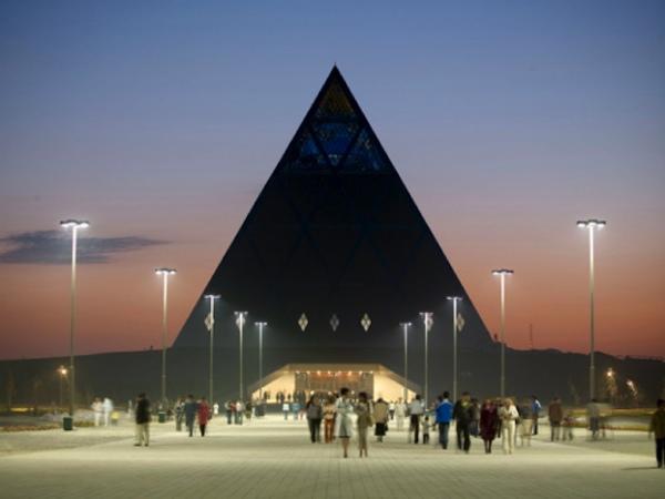 foster_astanasplash-rothchild-london-olympics-pyramid