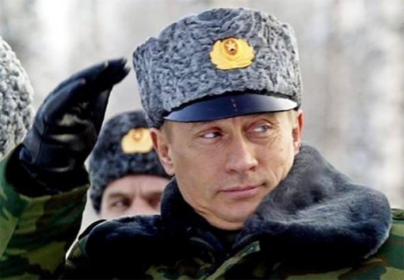 putin-subara-pozdrav-vojnik-rusija