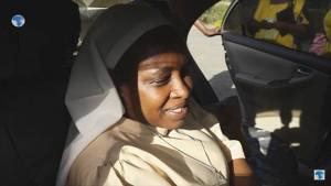 Katolička časna sestra uhićena zbog ometanja programa cijepljenja u Keniji (VIDEO)