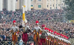 Globalist papa Franjo započeo izgradnju velike Vatikanske vojske